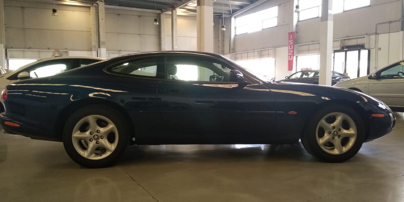 JaguarXK8_HiperautoDany_4